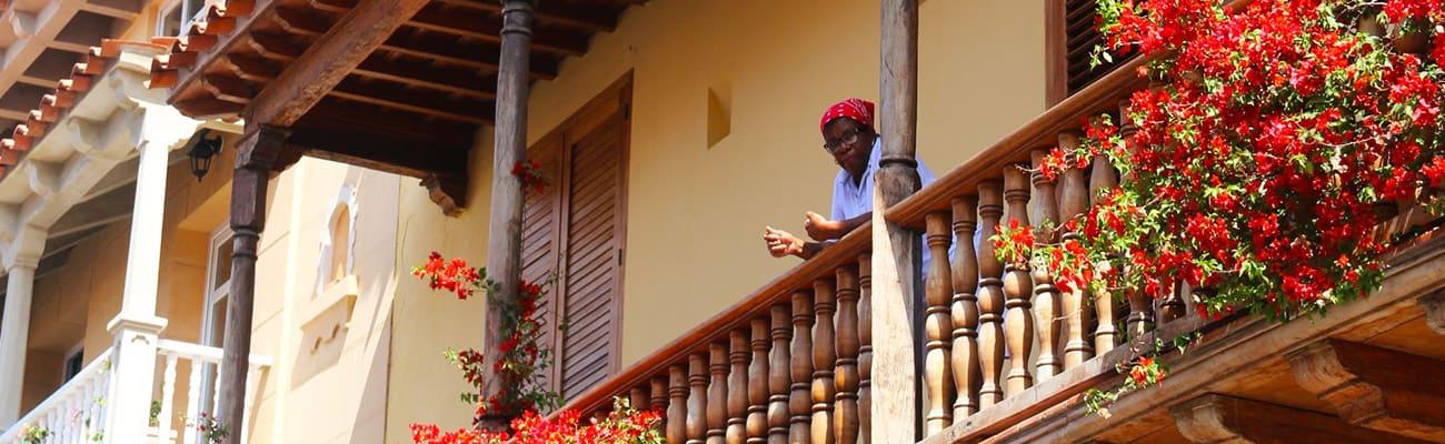 UN-RECORRIDO-POR-LA-ARQUITECTURA-CARTAGENERA-Hotel Almirante Cartagena