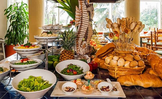los-corales-almiranteHotel Almirante Cartagena - Restaurante Los Corales